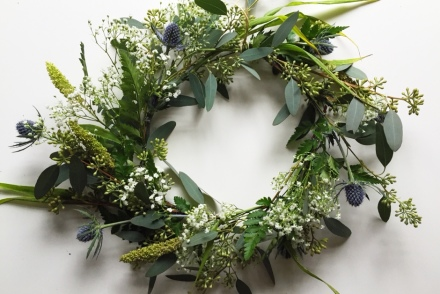 DIY greenery wreath tutorial