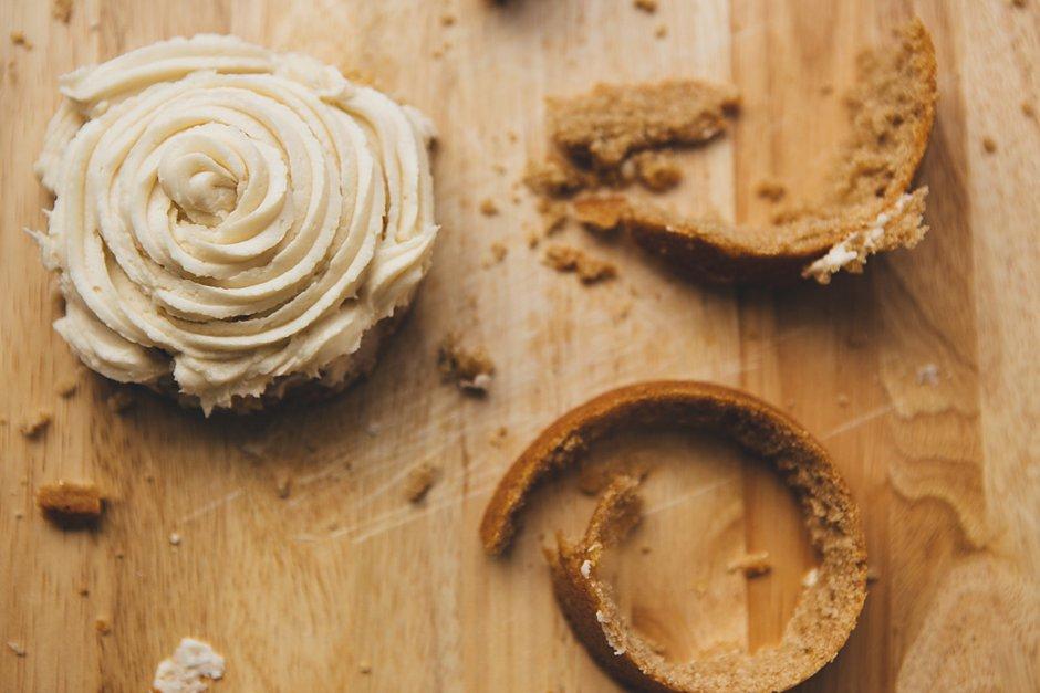featured desserts  Recipe: Buttercream Frosting