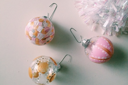 pink and gold christmas ornaments